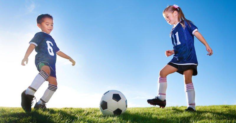 kids-playing-sport-800x417